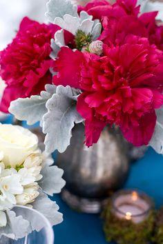 Simple Pink Flowers | Serenade Inspiration - inspiration via blossomgraphicdesign.com #boutiquedesign #boutiquewebdesign