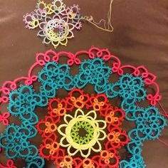 Tatting, Tatting and More Tatting: Size Difference