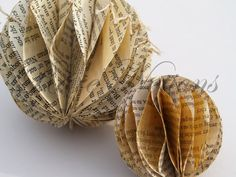 Paper baubles