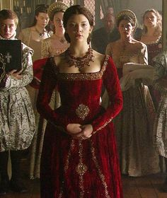 "Natalie Dormer as Anne Boleyn in ""The Tudors."" This particular gown that she wore in a coronation scene was seared in my memory for life. Absolutely and unforgettably stunning. Mode Renaissance, Renaissance Fashion, Tudor Dress, Medieval Dress, Tudor Costumes, Period Costumes, Movie Costumes, Historical Costume, Historical Clothing"