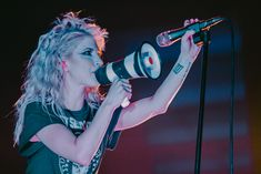 Paramore in concert at Blaisdell Concert Hall in Honolulu, Hawaii - 02/23/18 #TourFour #Paramore