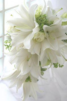 テルニー すずきさんのユリ かりんとブーケ : 一会 ウエディングの花