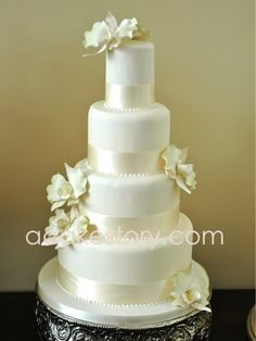wedding cakes - Orchids