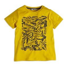 Yellow T-shirt with a great vintage car print pattern. <br><br>  - Normal fit<br> - Soft cotton quality