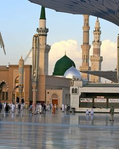 Al Masjid An Nabawi, Masjid Al Haram, Mecca Islam, Mecca Kaaba, Mecca Wallpaper, Islamic Quotes Wallpaper, Angel Wallpaper, Best Islamic Images, Islamic Pictures