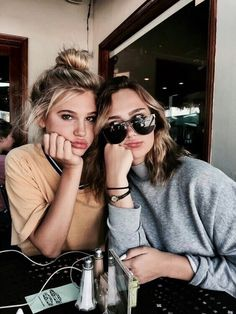 Image shared by ? Find images and videos about girl, love and fashion on We Heart It – the app to get lost in what you lov… – Best Friends Forever Foto Best Friend, Best Friend Pictures, Best Friend Goals, Friend Pics, Tumblr Photography, Photography Poses, Family Photography, Friend Photography, Maternity Photography