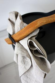 homevialaura | Iittala Sarpaneva | autumn cooking | Balmuir linen kitchen towel www.balmuir.com/shop