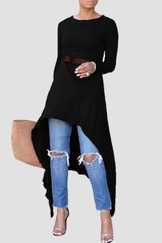 This irregular hemline dress is perfect for wearing alone of over jeans or pants. We love the edgy short front and longer back - and the range of colors. Fashion 2020, Look Fashion, Autumn Fashion, Chic Outfits, Fashion Outfits, Womens Fashion, Fashion Tips, Dress Over Pants, Short Long Dresses