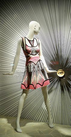VM | Window Visual Merchandising | VM | Window Display | i can see you, pinned by Ton van der Veer