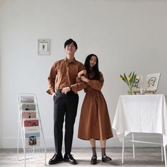 Matching Couple Outfits, Matching Couples, Cute Couples, Korean Spring Outfits, Couple Shirts, Couple Clothes, Korean Couple, Fashion Couple, Korean Fashion