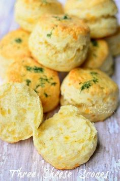 These little cheesy scones are perfect to serve any time of the day. Three cheese scones are nice and soft in the middle and full of cheesy flavors. Cheese Scones, Savory Scones, Cheddar Cheese, Cheese Biscuits, Brunch, Do It Yourself Food, Snacks, Biscotti, High Tea