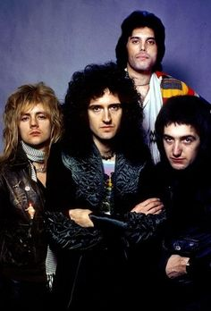 """He doesn't feel able to cope with the pressure. I think it's right, and proper, that he can make that choice. It's a shame. I mean, we do miss him a lot."" Brian May on John Deacon ✊ Queen Ii, I Am A Queen, Save The Queen, Queen Photos, Queen Pictures, John Deacon, Freddie Reign, Queen Brian May, Roger Taylor Queen"