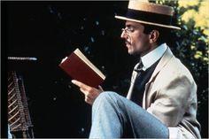 """""""Templaza Lucy, templanza"""", Cecil (Daniel Day-Lewis) se lo dice a su prometida, Lucy (Helena Bonham Carter) en """"una habitación con vistas"""". D. Day-Lewis está genial."""
