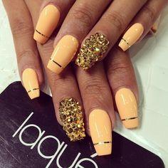 #nails #naildesigns #gold