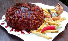 Torturi artistice: Meatball with barbeque sauce and fries