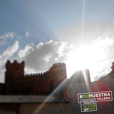 Destellos desde el Castillo de la Atalaya. #DeMuestraVillena  www.muestravillena.villena.es www.facebook.com/Muestravillena @muestravillena