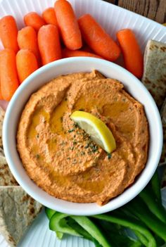 Renee's Kitchen Adventures: Easy Roasted Red Pepper Hummus