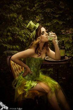 le Fée Verde, Absinthe, Green Fairy. Fantasy Portrait Photography by Wraven Design www.wraven.com