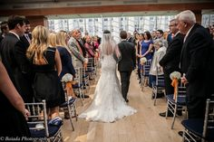 Falls Flowers | Spring wedding at the Kimmel Center | white hydrangea aisle markers