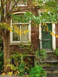 https://flic.kr/p/8QmDoV | Holland - old house in Amsterdam