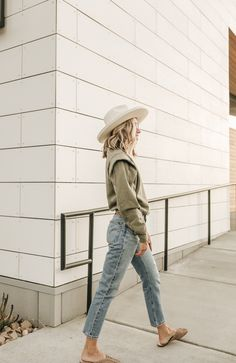 crop jeans for Fall every women needs