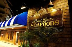Another favorite place to eat! Point Loma Seafood #California! This is a must for every visit to San Diego. Wonderful fresh, fresh seafood...grab your tray and eat outside near the bay! Spectacular view!!