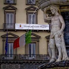 """Regeni: striscione su municipio Napoli, """"Verità per Giulio"""""""