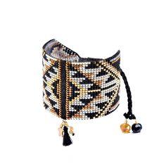Beaded Bracelet Patterns, Bead Loom Patterns, Woven Bracelets, Diy Jewelry, Jewelry Design, Tear, Brick Stitch, Loom Beading, Bead Weaving