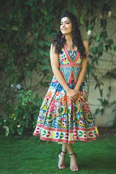 Unique Prom Dresses, Stylish Dresses, Girls Dresses, Most Beautiful Bollywood Actress, Bollywood Actress Hot Photos, Actress Photos, Beautiful Actresses, Beautiful Blonde Girl, Beautiful Girl Photo