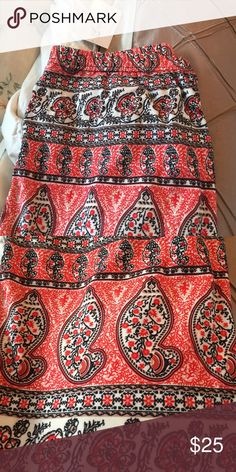 New w tags Abby and Ana leggings Plus size Abby and Anna leggings! Never worn! Pretty paisley print! Coral and black and white Abby + Anna Pants Leggings