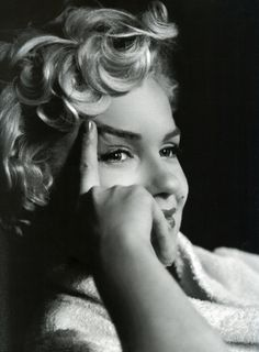 Detail of photograph of Marilyn Monroe relaxing with a script, photo by Elliott Erwitt, New York, 1956   Flickr - Photo Sharing!