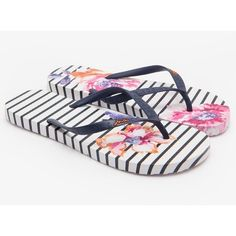 Women's Joules Sandy Flip Flops (23 CAD) ❤ liked on Polyvore featuring shoes, sandals, flip flops, beach footwear, strappy sandals, strap sandals, summer shoes and summer flip flops