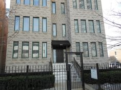 Property 825 West Eastwood Avenue Unit:1W, Chicago, IL 60640 - MLS® #09181973 - Beautiful and large 2300 square feet duplex condos with 3 bedrooms, 3 full baths, huge family room and office nook i