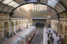 Dünyanın en eski metro hattı hangi şehirdedir?    http://cevaplar.mynet.com/soru-cevap/dunyanin-en-eski-metro-hatti-hangi-sehirdedir-/6394031