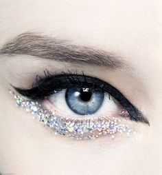 xangeoudemonx:  Makeup at Chanel Spring 2014 Couture.