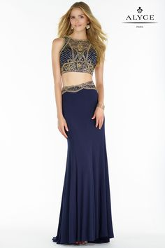 The Two Piece Fully Beaded Cutout Column Prom Dress by Alyce Paris has all the right style elements to ensure you with a flawless, picture perfect look for your next special event. Tulle Ball Gown, Ball Gowns, Embellished Crop Top, Two Piece Gown, Fancy Gowns, Bridesmaid Dresses, Prom Dresses, Prom Dress Shopping, Mermaid Skirt