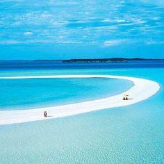 Musha Cay, Copperfield Bay, Bahamas #Bahamas #copperfieldbay #mushacay http://www.pandabuzz.com/es/imagen-ensueno-del-dia/musha-cay-copperfield-bay-bahamas