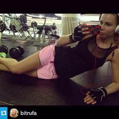 """Preciosa @bitrufa con total look de @LornaJaneEs! We  #SportySisters #Move #Muévete…"""""""