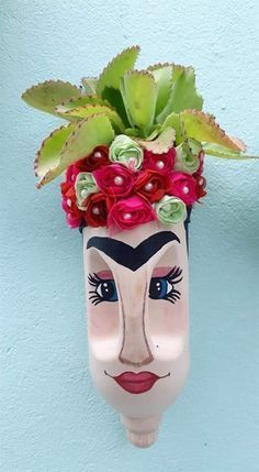 DIY Face Shaped Painted Plastic Bottle Planter - Balcony Decoration Ideas in Evo . DIY Face Shaped Painted Plastic Bottle Planter – Balcony Decoration Ideas in Evo …, Plastic Bottle Planter, Reuse Plastic Bottles, Plastic Bottle Crafts, Diy Bottle, Recycled Bottles, Recycled Art, Recycled Materials, Diy Craft Projects, Diy And Crafts