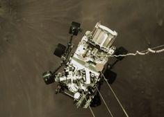 Perseverance: las imágenes que está enviando el robot de la NASA desde Marte - BBC News Mundo Bbc News, Mars Landing, Primer Video, Red Planet, Life On Mars, Colorful Pictures, National Geographic, Planets, Landing