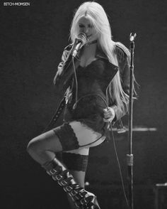Taylor Momsen, the pretty reckless, and sexy Bild Pretty Reckless, Estilo Hippy, Estilo Rock, Gossip Girl, Taylor Michel Momsen, Taylor Momsen Style, Women Of Rock, Look Girl, Metal Girl