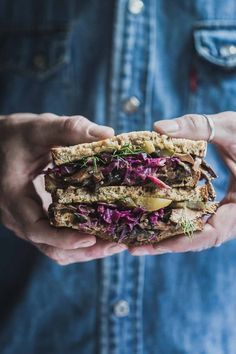 Twisted Mushroom Reuben Sandwich-Sautéed spiced mushrooms, homemade red cabbage sauerkraut, Russian dressing and pickles pack a flavour punch in the Twisted Mushroom Reuben Sandwich. Reuben Sandwich, Red Cabbage Sauerkraut, Crepes, Vegetarian Recipes, Healthy Recipes, Vegan Meals, Vegetarian Burgers, Vegetarian Sandwiches, Tofu Recipes