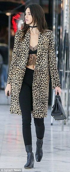31 trendy leopard coat outfits that are actually easy to copy