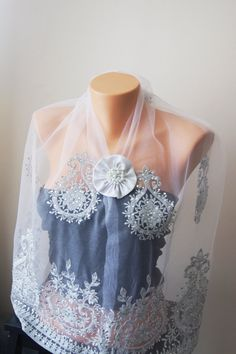 White Lace Shawl with brooch  Lace Capelet White by SpecialFabrics
