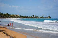 """Palmas del Mar resort, Humacao, Puerto Rico*****  """"Palmasdelmarplaya"""" by Mateoborinquen at English Wikipedia."""