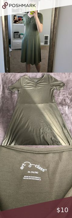 Size Small olive green long dress Art Class olive green dress - stretchy material, super soft! Perfect for a spring or summer day   Never worn!  Size: girls XL Fit: would fit a women's S/M nicely  *model is 5'4 103 lbs*  Fragrance free cleaning, smoke free home Bundle for discount Open to any questions! art class Dresses Midi Plus Fashion, Fashion Tips, Fashion Trends, Fashion Design, Olive Green Dresses, Stretchy Material, Fragrance, Smoke Free, Cleaning