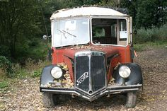 Retro Bus, Old Commercials, Rusty Cars, Abandoned Cars, Busses, Commercial Vehicle, Barn Finds, Old Trucks, Coaches