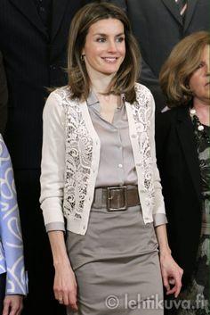 Wide belt, monochromatic gray, lace cardigan white, silk blouse, pencil skirt
