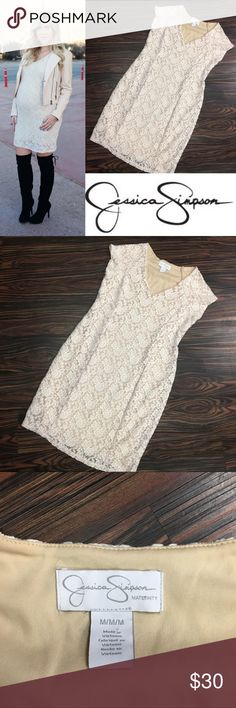 JESSICA SIMPSON lace maternity dress Size Medium                                          Jessica Simpson Maternity Dress Short Sleeve Scoop Neck Knee Length Lace Nylon / Spandex Machine Washable Imported. Jessica Simpson Dresses