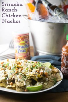 There's nothing quite a like a huge platter of cheesy nachos to satisfy everyone's tastebuds on game day! These Sriracha-ranch chicken nachos check off all of the flavor boxes! Healthy Superbowl Snacks, Game Day Snacks, Game Day Food, Easy Snacks, Easy Meals, Fun Food, Mexican Food Recipes, Ethnic Recipes, Mexican Dishes